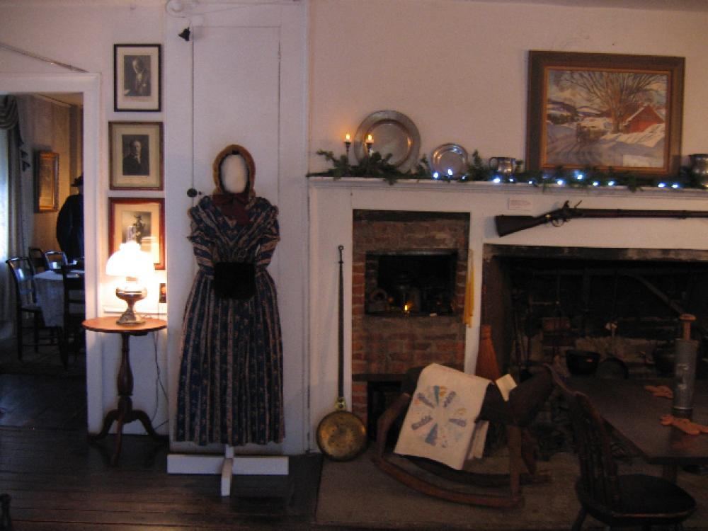 Stop by and see the museum decorated for the holidays. FREE  admission to the museum on December 2,