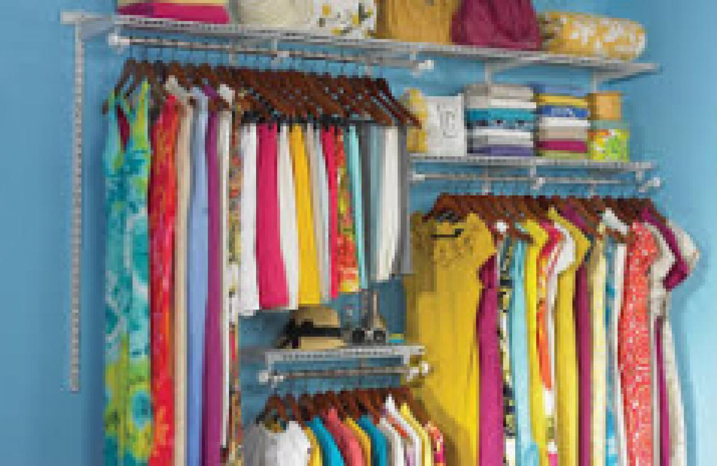 <h2>Fit to a Tee Clothing Consignment Sale</h2> <h3><br />A Fundraiser for the Historical Society</